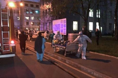 Пожар в больнице Москвы: коронавирусный корпус