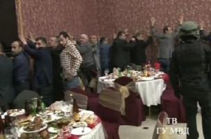 Полиция и ФСБ разогнали криминальную сходку в столице Урала