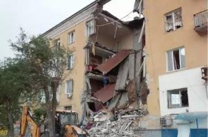 Мощный взрыв в Волгограде снес подъезд жилого дома