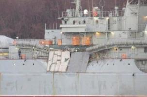 Сухогруз столкнулся с российским десантным кораблем
