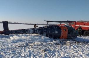 Вертолет упал в поле под Воронежем