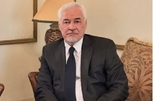 В Судане скончался посол России