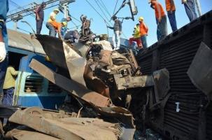 Крушение поезда: 41 человек погиб в Индии
