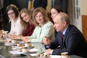 Почему Путин не ушел в отпуск на время выборов? Потому что