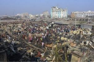 В Бангладеш горели трущобы