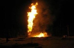 30-метровый факел усмирили