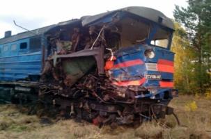 Столкнулись товарные поезда. Погиб машинист