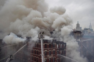 Взрыв в Нью-Йорке разрушил три дома