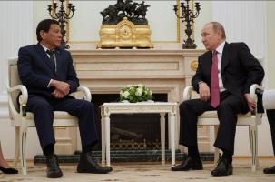 Президент Филиппин срочно улетел из Москвы