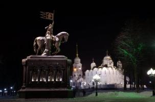 Зачем Порошенко крестил Украину?