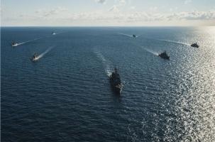 США послали союзникам в Черном море металлолом