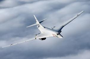 Российские ракетоносцы Ту-160 приблизились к США