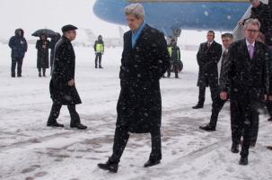 Керри опередил лидеров ЕС в Киеве
